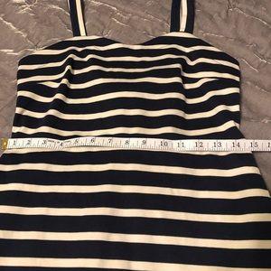 Old Navy Dresses - NWOT form fitting stretchy dress